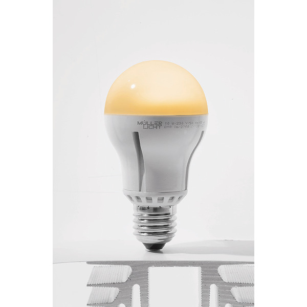 Müller Licht 10-W-LED-Lampe E27, warmweiß