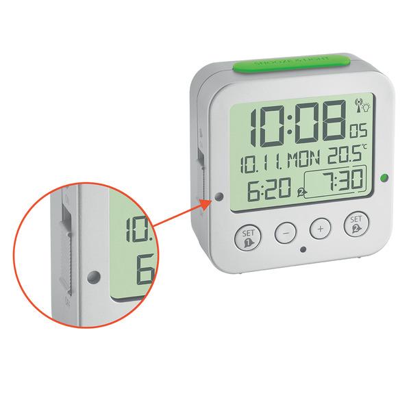TFA Funk-Wecker mit Temperaturanzeige, automatische Displaybeleuchtung, 2 Weckzeiten einstellbar