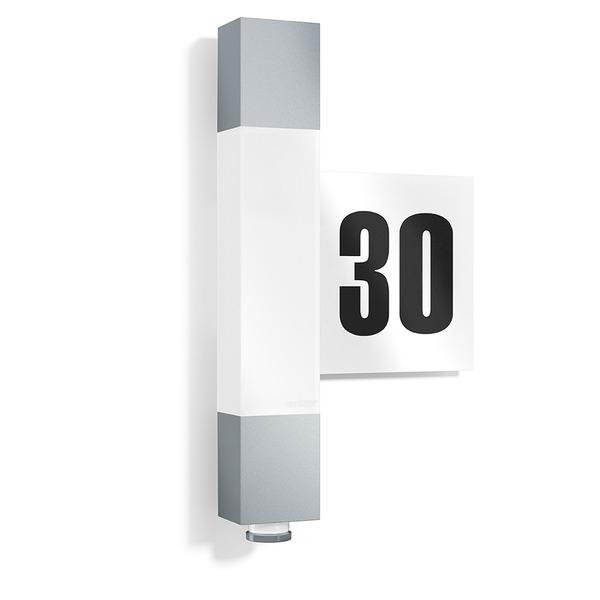 Steinel L 630 LED 8,2-W-LED-Hausnummernleuchte mit Sensor, silber