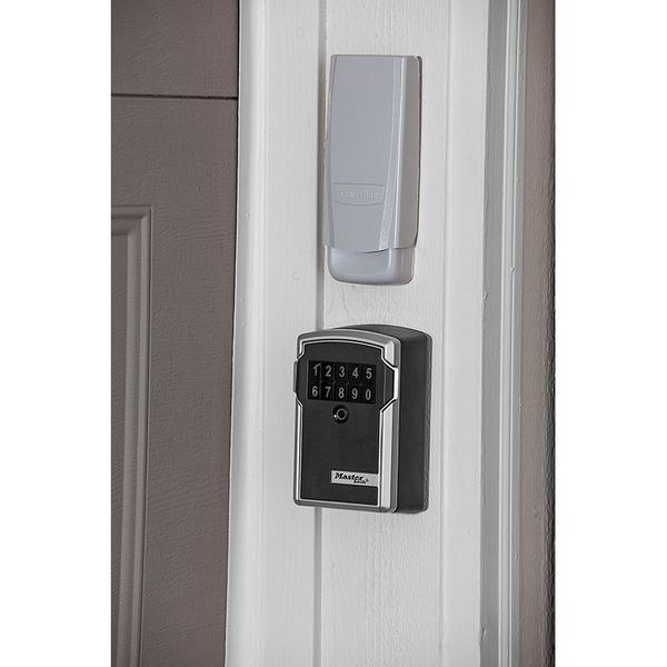 Master Lock Select Access Smart Bluetooth-Schlüsselsafe mit Zugriff per Smartphone und Nummerncode