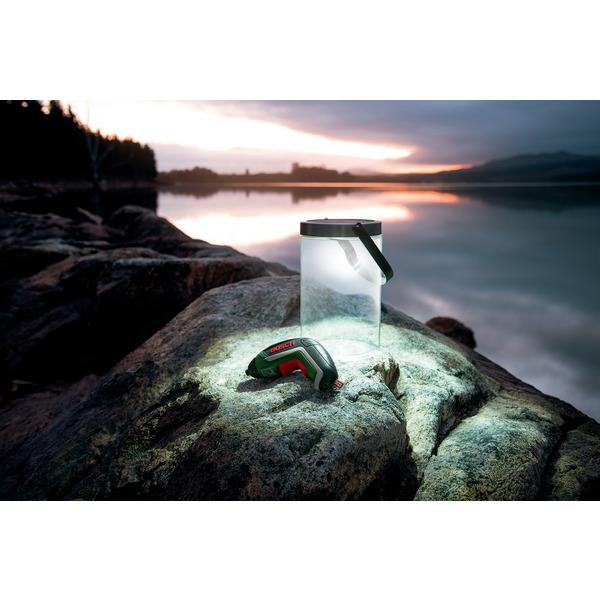 Bosch IXO Mini-Akkuschrauber mit Solarleuchte