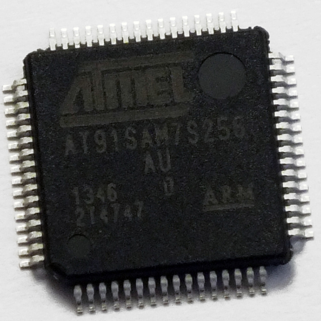 Atmel Mikrocontroller AT 91SAM7S256C-AU- LQFP-64