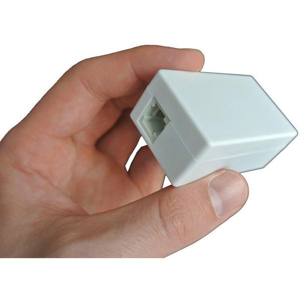 Telefonabhörgerät, zum Schalten zwischen Telefonbuchse und Telefon, mit microSD-Kartenslot