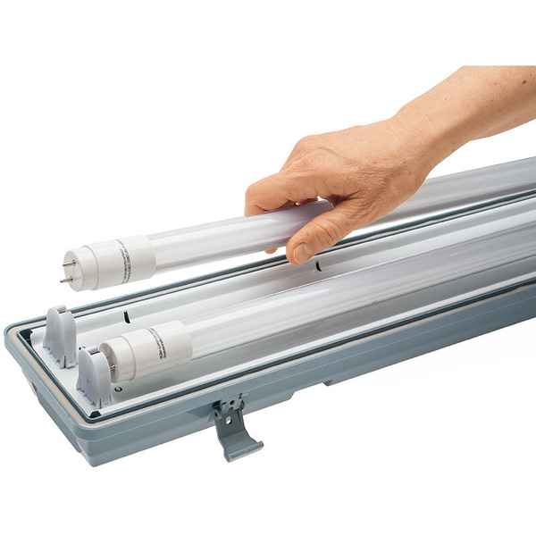 Müller Licht 48-W-LED-Feuchtraumwannenleuchte mit 2x24 W-Röhrenlampen, 157 cm, IP65