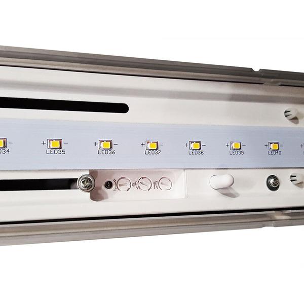 Müller Licht 35-W-LED-Feuchtraumwannenleuchte mit HF-Bewegungssensor, neutralweiß, IP65