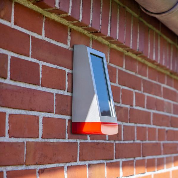 Homematic IP Smart Home Alarmsirene HmIP-ASIR-O, Außen, IP44, solarbetrieben