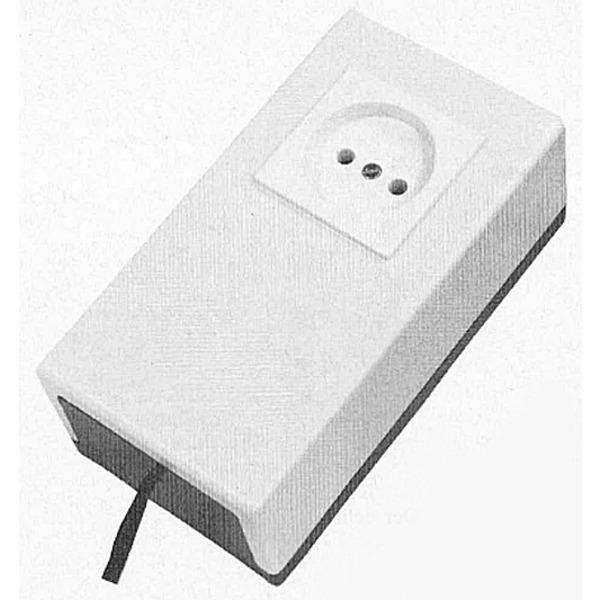 Mini-Wechselrichter 12 V = / 220 V ~ Universelle Einsatzmöglichkeiten für kleine Verbraucher - 18/24