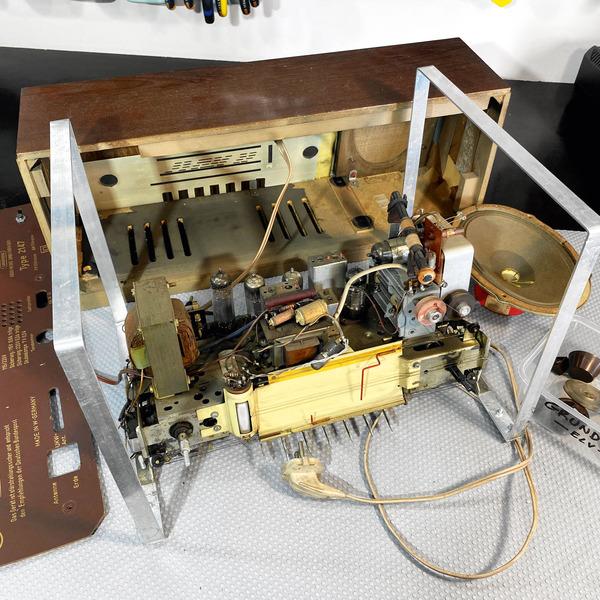 Röhrenradio-Restaurierung - Grundlagen und erste Messungen